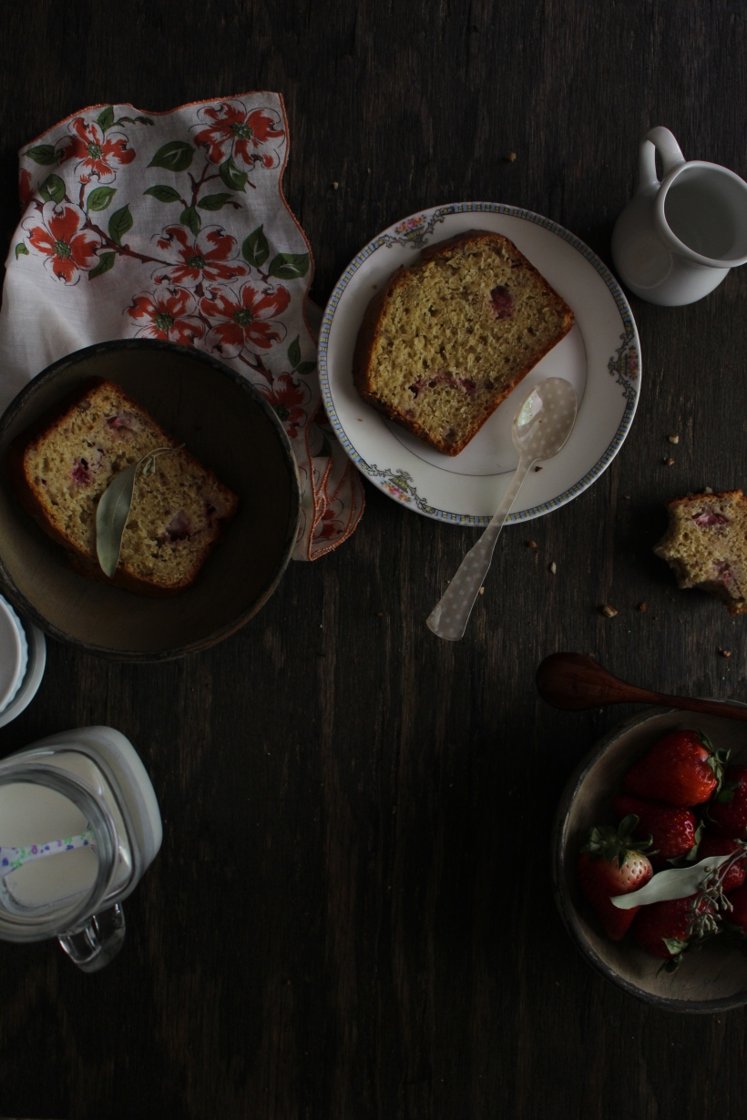 Strawberry & Pecan Buttermilk Quickbread