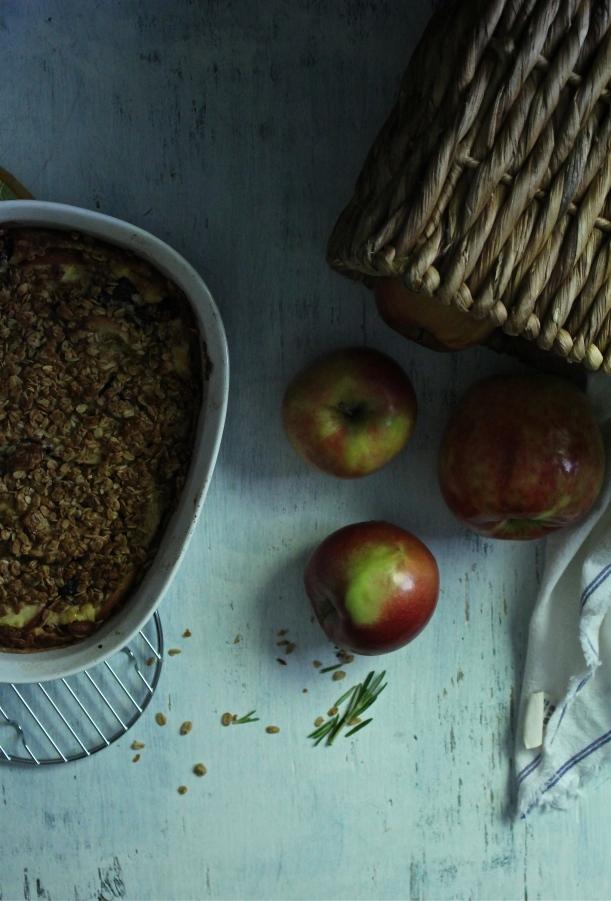 Sweet Apple-Berry & Granola Gratin with a Rosemary Honey Yogurt