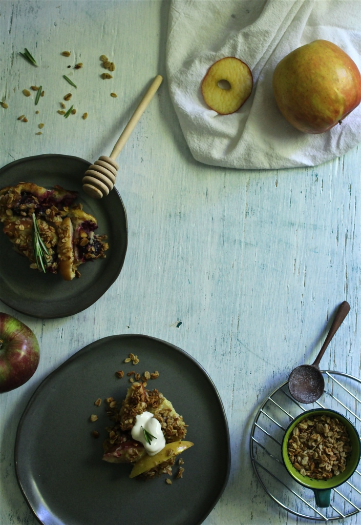 Sweet Apple-Berry & Granola Gratin with a Rosemary Honey Yogurt