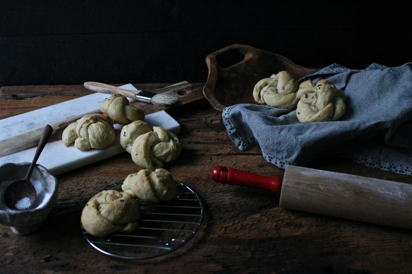 Rosemary & Parmesan Garlic Knots