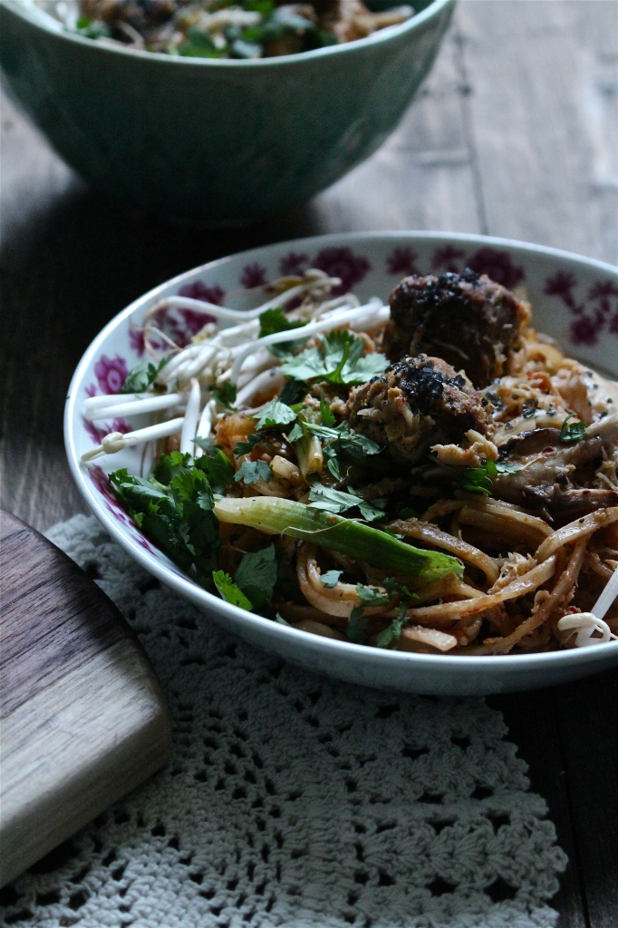 Malaysian Rice Noodles with Sausage & Crab
