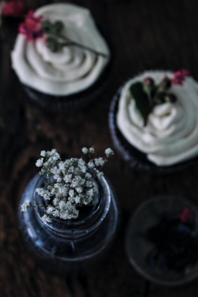 Chocolate London Fog Cupcakes with Honeyed Buttercream